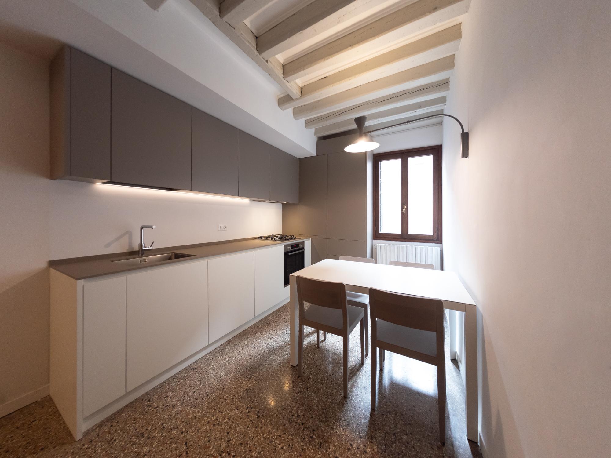 Ristrutturazione appartamento mave